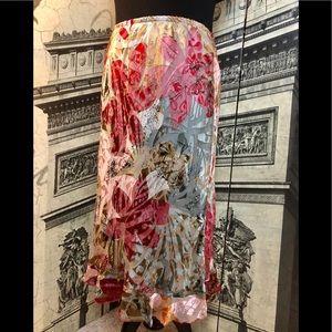 Beautiful silk skirt in size medium